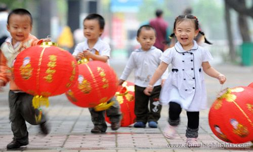 Painting the Town Red: Chinese New Year Through a Child's Eyes - Mint Mocha Musings